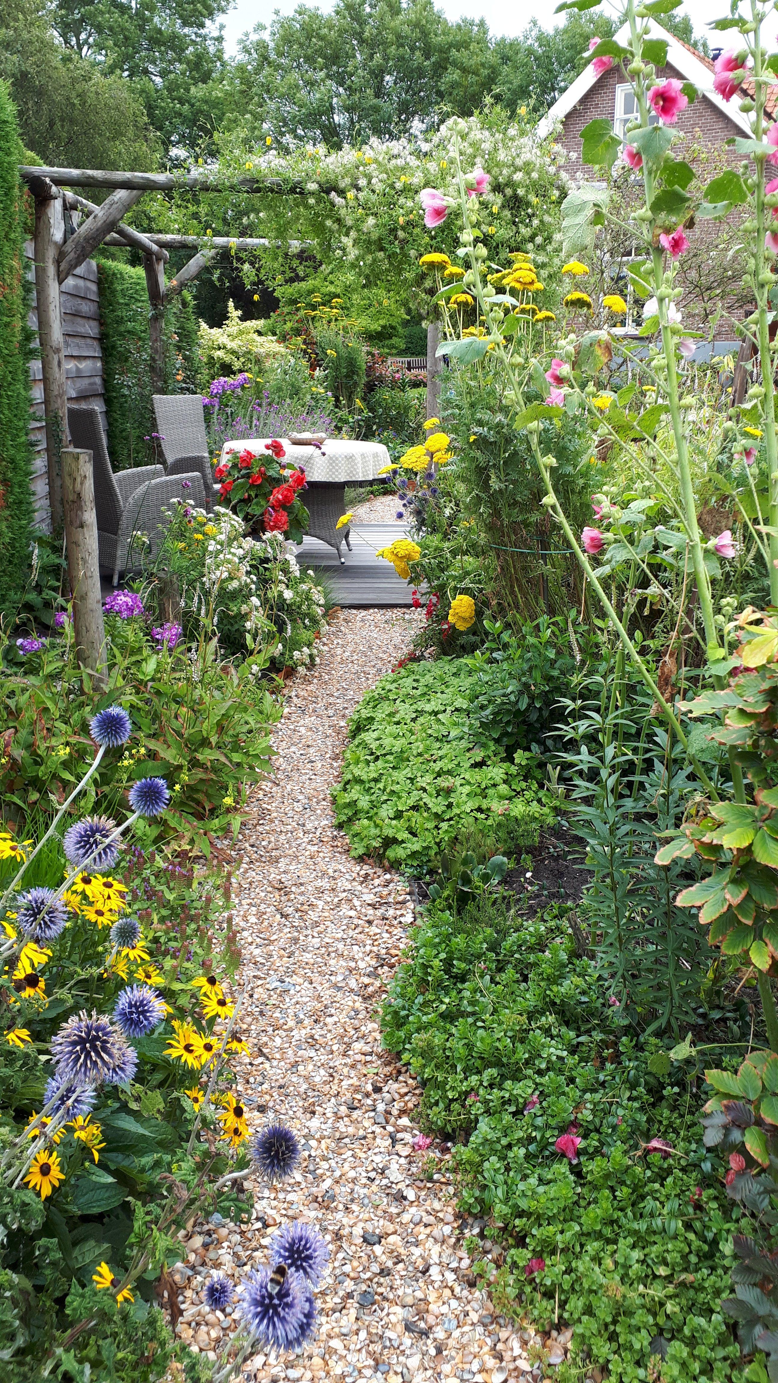 een leven zonder dromen is als een tuin zonder bloemen on